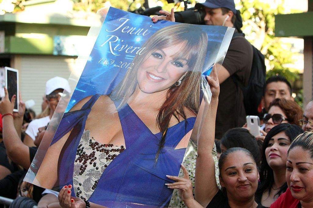 Jenni fue honrada póstumamente en el Paseo de la Fama de Plaza México.| Fuente: Getty Images