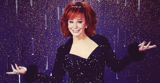 Reba McEntire Had First Red Carpet Outing at CMA Awards since Breakup from Anthony Lasuzzo