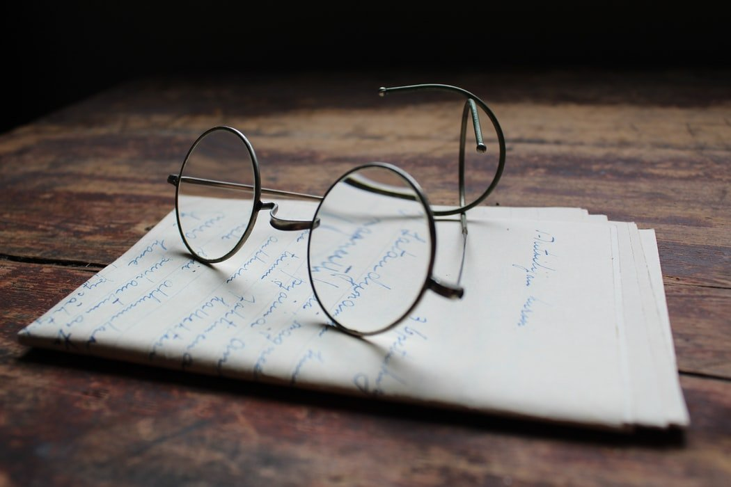 He found an old letter in her belongings | Source: Unsplash