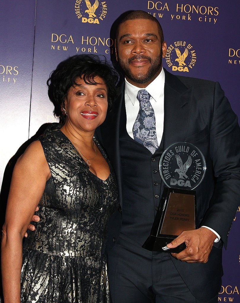 Tyler Perry and Phylicia Rashad attend the DGA Honors Gala 2015 | Photo: Getty Images