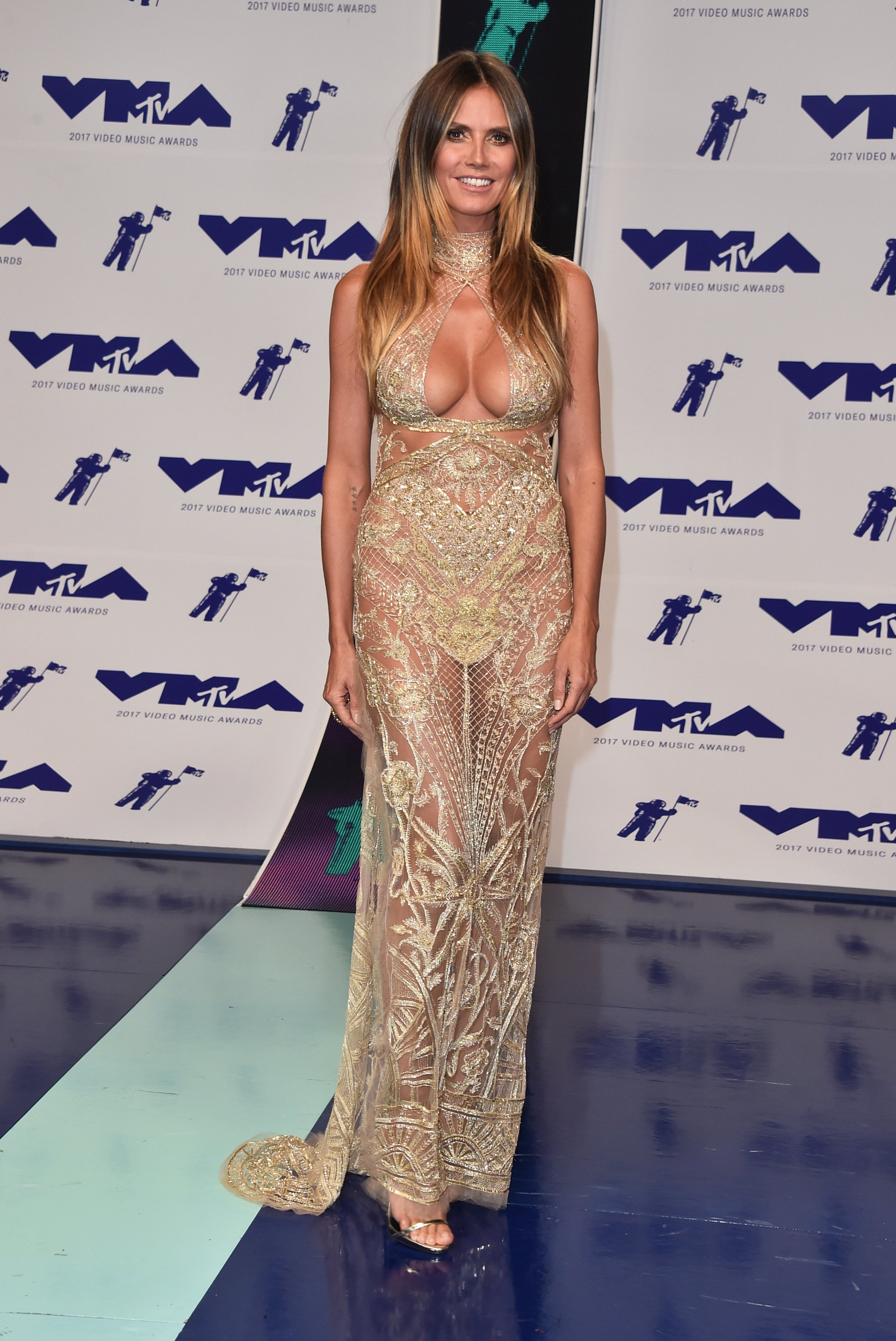 Heidi Klum attneds the MTV Video Music Awards in Inglewood, California on August 27, 2017 | Photo: Getty Images