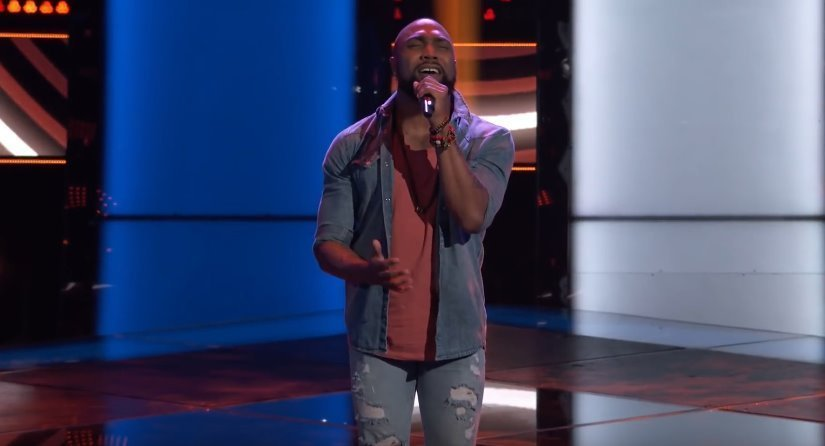 """Denton Arnell sings """"Hold On, We're Going Home"""" by Drake on The Voice. 