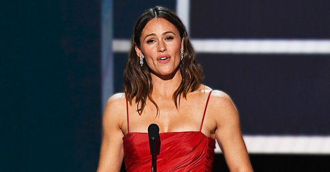 Jennifer Garner Opens up about How She Is Raising Her Kids Amid Quarantine