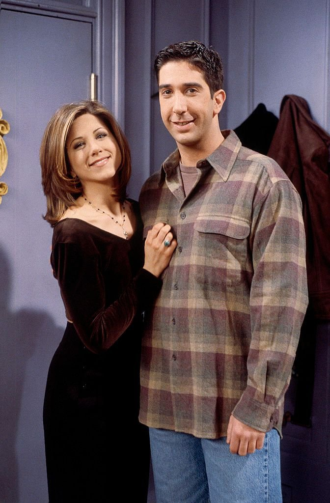 "L'actrice Jennifer Aniston qui incarne Rachel et David Schwimmer qui joue Ross dans ""Friends"" 