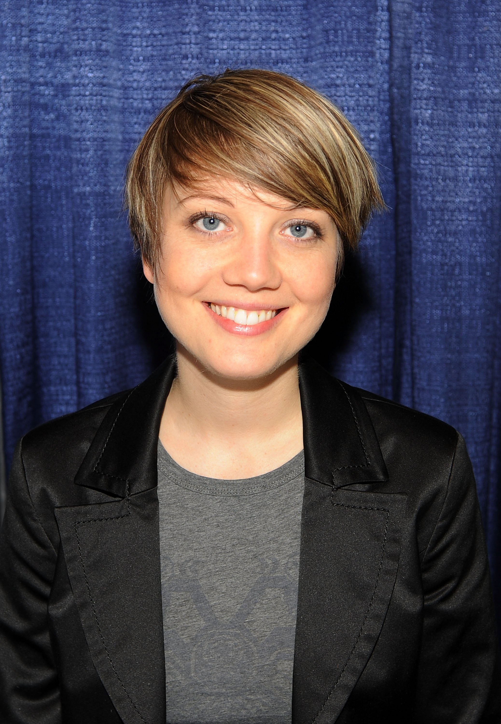 Nicki Clyne at the Rhode Island Comic Con held at the Rhode Island Convention Center on November 2, 2013, in Providence, Rhode Island   Photo: Getty Images/Bobby Bank/WireImage/