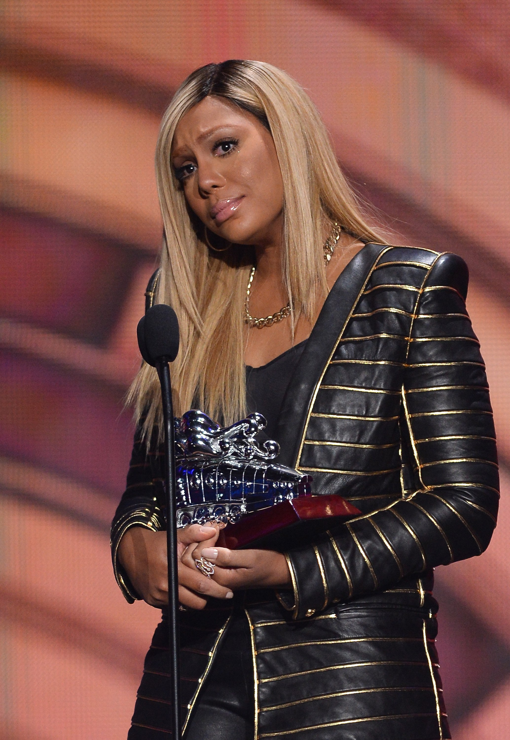 Tamar Braxton accepts the Chaka Khan Award at the Soul Train Awards on Nov. 8, 2013 in Las Vegas | Photo: Getty Images