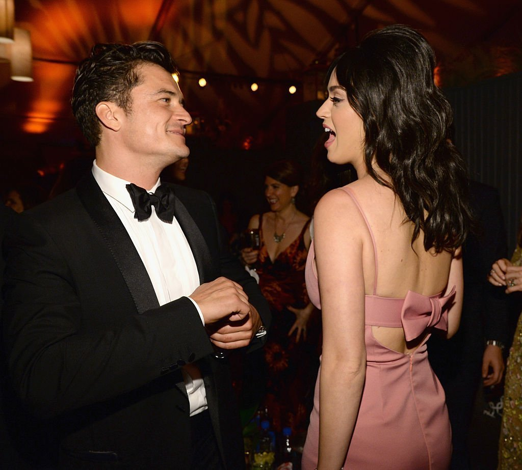 Orlando Bloom (L) and singer Katy Perry attend The Weinstein Company and Netflix Golden Globe Party on January 10, 2016 in Beverly Hills, California. | Source: Getty Images.