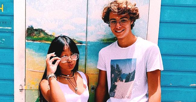 Qui est l'adorable jeune homme aux côtés de Jade Hallyday sur une photo ?