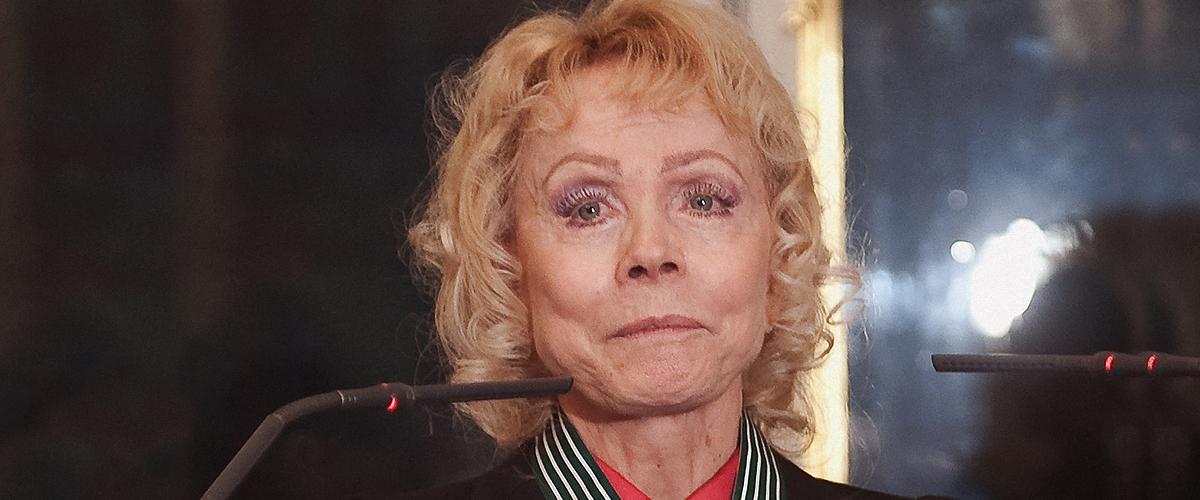 Isabelle Aubret a 82 ans : coma, accident de voiture et fracture des deux jambes