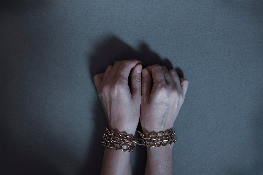 A photo of a female hand that depicts sex trafficking   Photo: Shutterstock