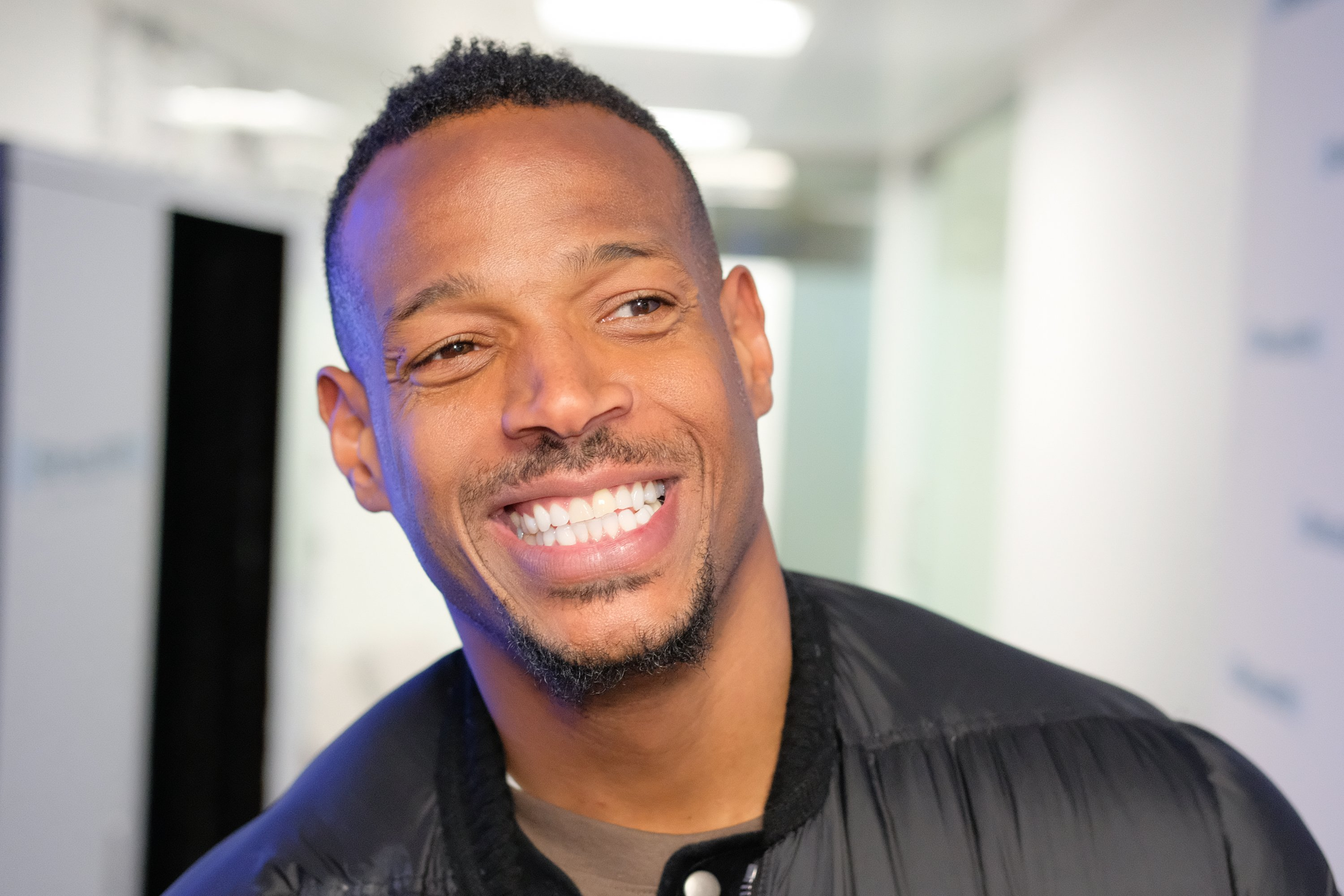 Marlon Wayans at the SiriusXM Studios on March 2, 2018 in New York City. | Source: Getty Images