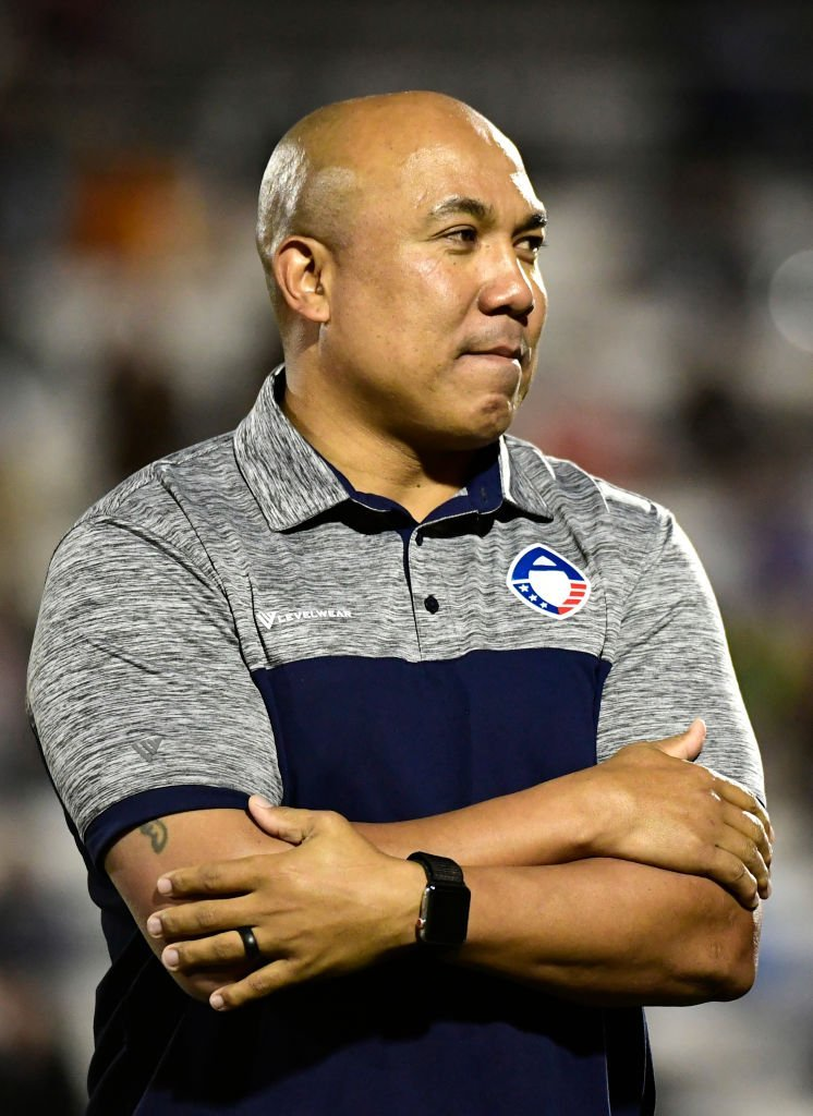 Hines Ward smiles from the field after being introduced at halftime during the Alliance of American Football game    Getty Images