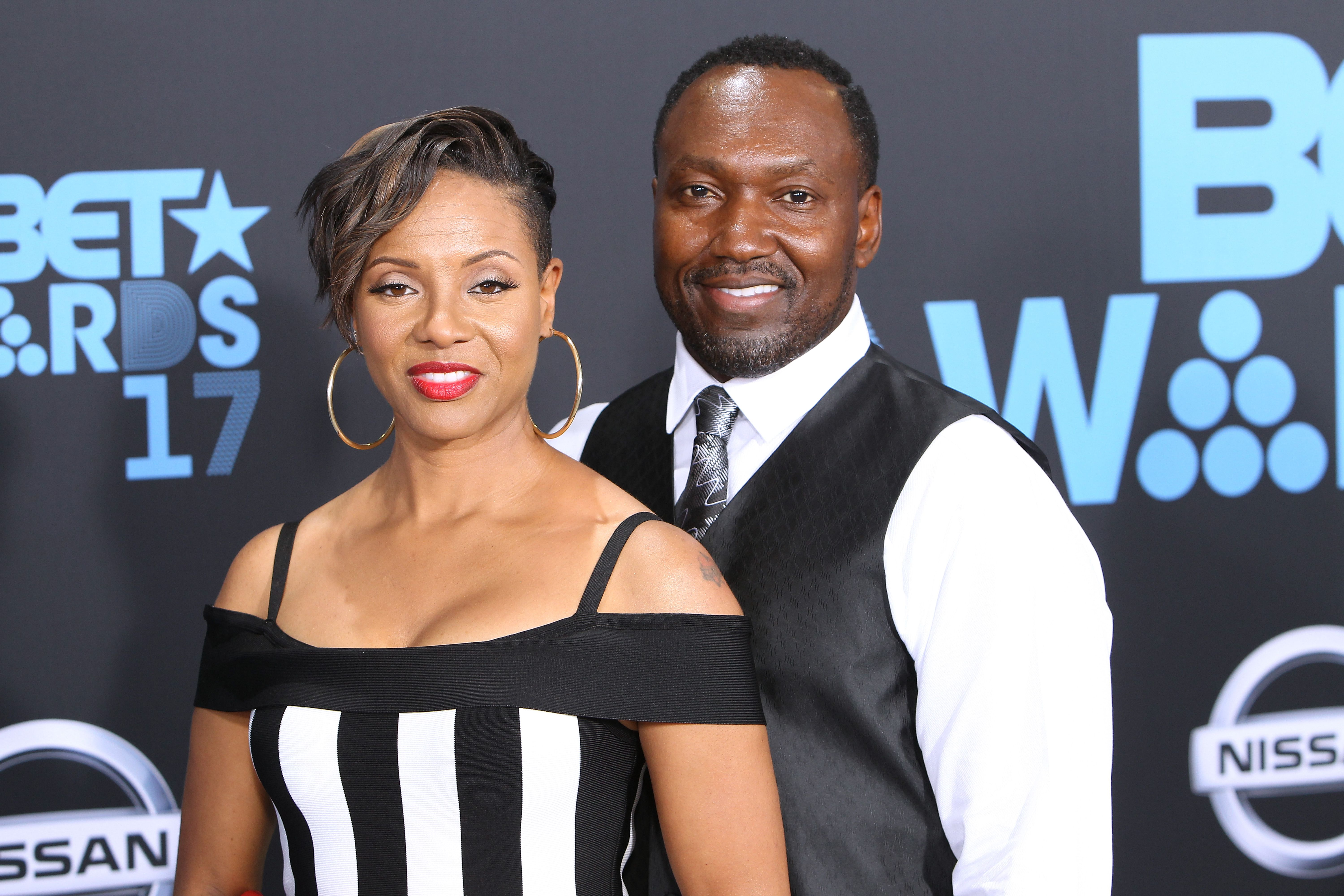 Music artist MC Lyte and John Wyche arrive at the 2017 BET Awards at Microsoft Theater on June 25, 2017 in Los Angeles, California. | Photo: Getty Images
