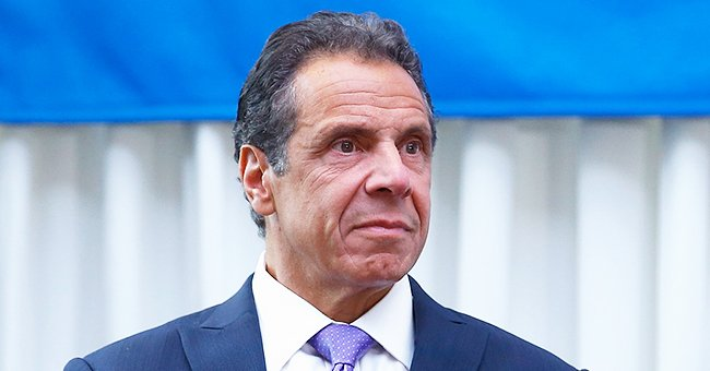 Fans React to Andrew Cuomo's Throwback Photo with His Daughters