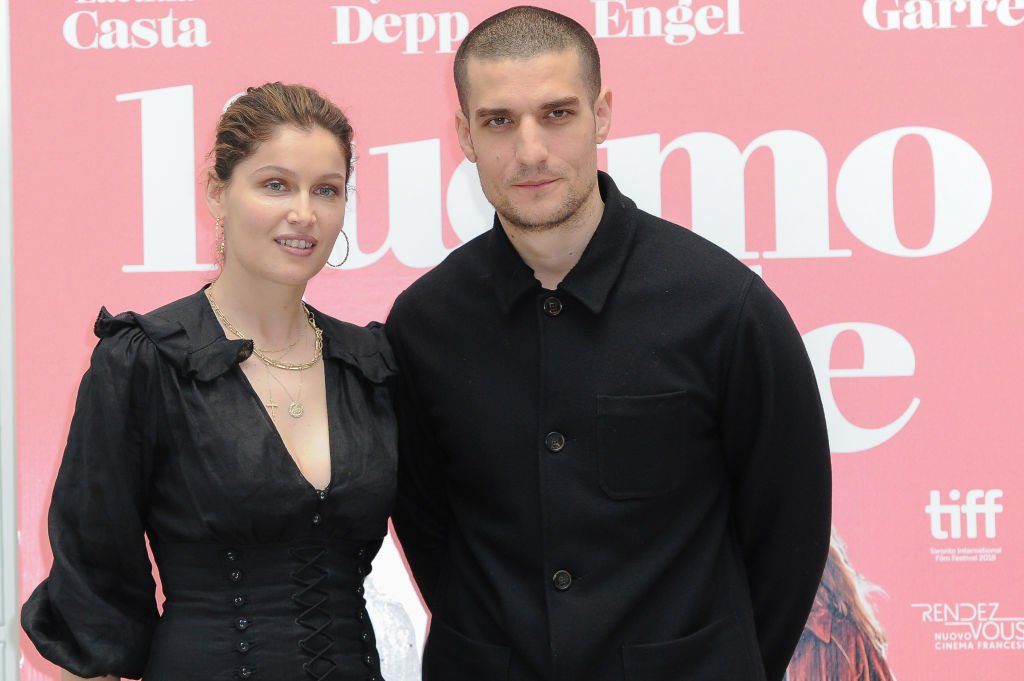 L'acteur et réalisateur français Louis Garrel et l'actrice et mannequin française Laetitia Casta lors de la photocall de L'uomo Fedele à l'hôtel St. Regis. Rome, le 5 avril 2019 | Photo : Getty Images.