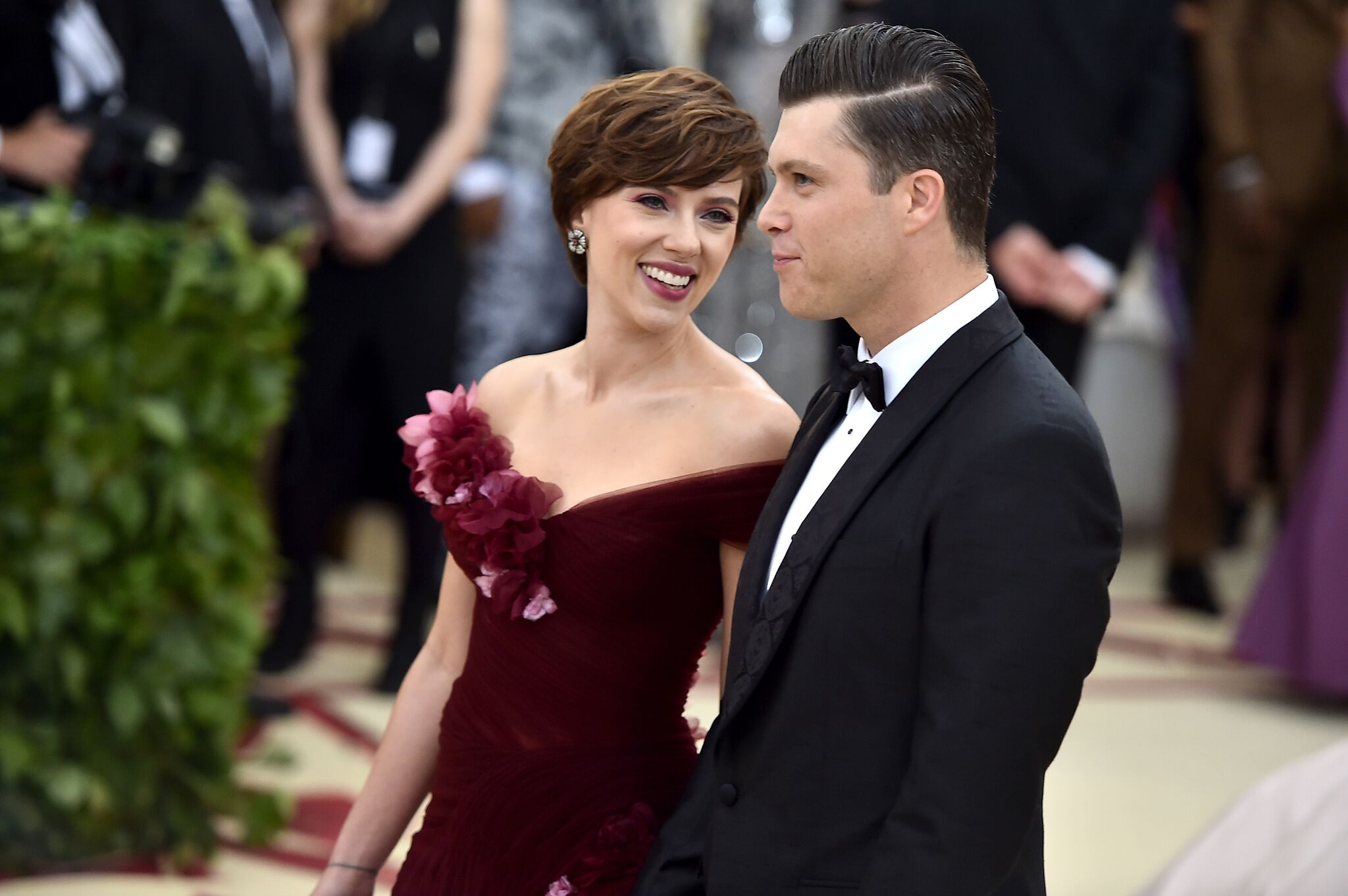 Scarlett Johansson and Colin Jost together at the MET Gala 2018 | Getty Images