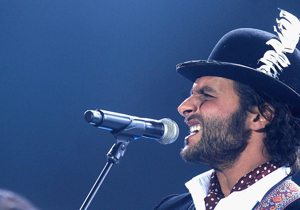 Le chanteur Maxim Nucci connu sous le nom de scène Yodelice. l Source : Getty Images