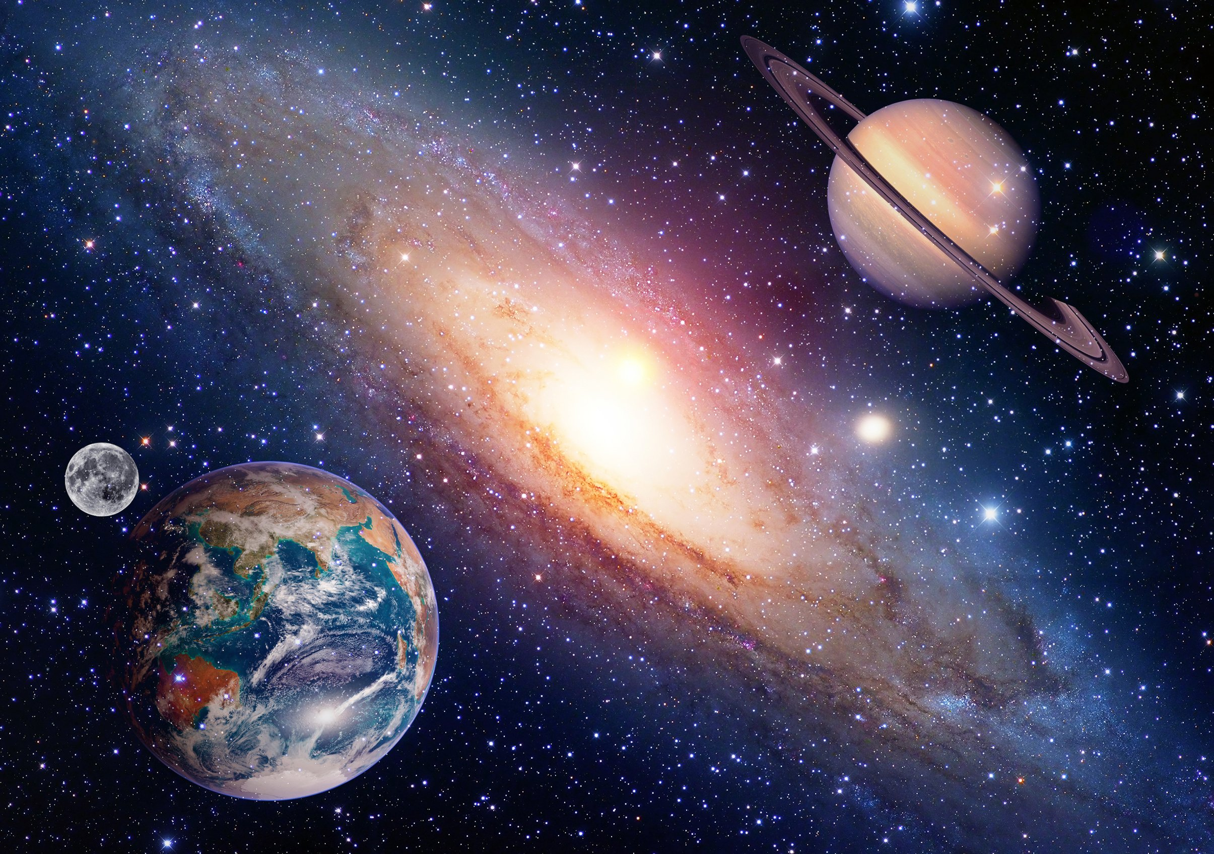 Represenation of the planets Earth and Saturn close to each other with the moon | Photo: Shutterstock