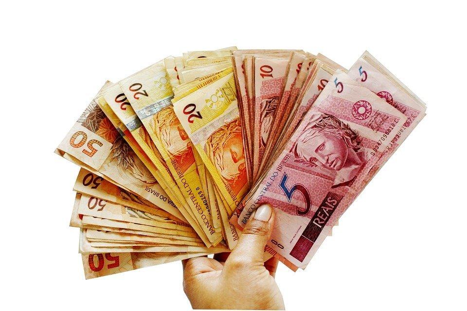 Dinero-Imagen tomada de Pixabay