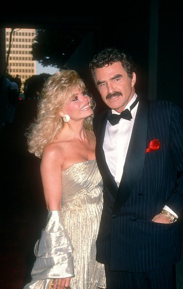 Loni Anderson and Burt Reynolds at theWiltern Theatre in Lost Angeles, California in August 1992 | Photo: Getty Images