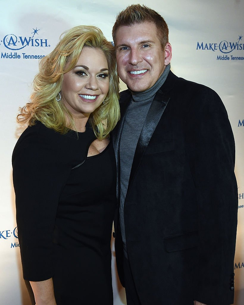 Julie Chrisley and Todd Chrisley attend the 2016 Make-A-Wish Stars For Wishes on January 16, 2016, in Nashville, Tennessee. | Source: Getty Images.