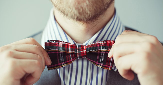 A man was traveling for work and had a formal dinner to attend.   Photo: Shutterstock