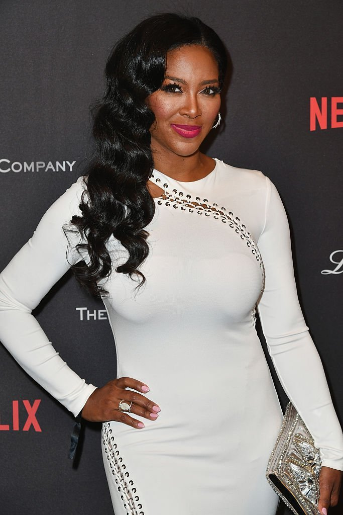 Actress Kenya Moore attends The Weinstein Company and Netflix Golden Globe Party, presented with FIJI Water, Grey Goose Vodka, Lindt Chocolate, and Moroccanoil at The Beverly Hilton Hotel | Photo: Getty Images