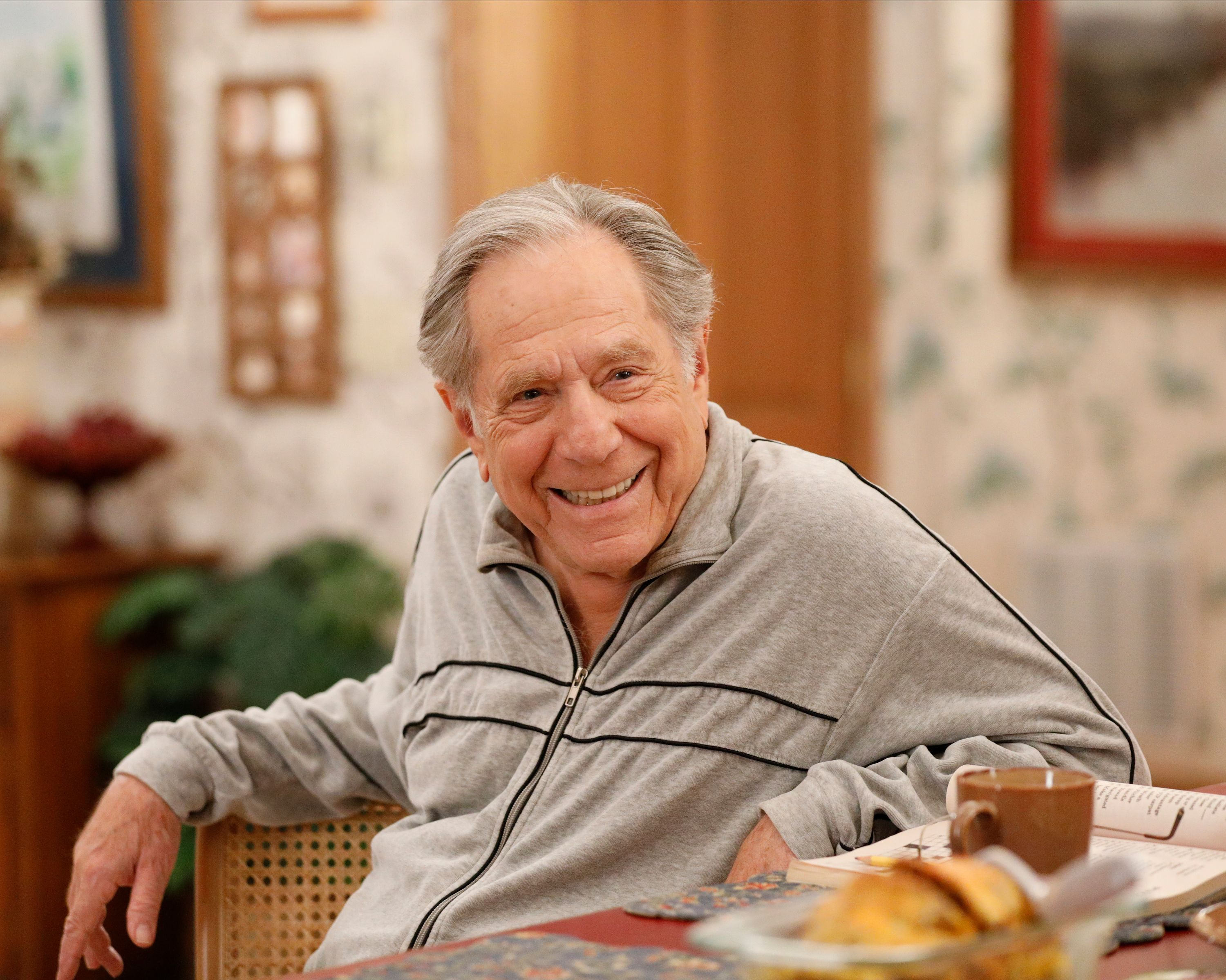 """Late actor George Segal during a scene from season 7 of ABC's """"The Goldbergs"""" 