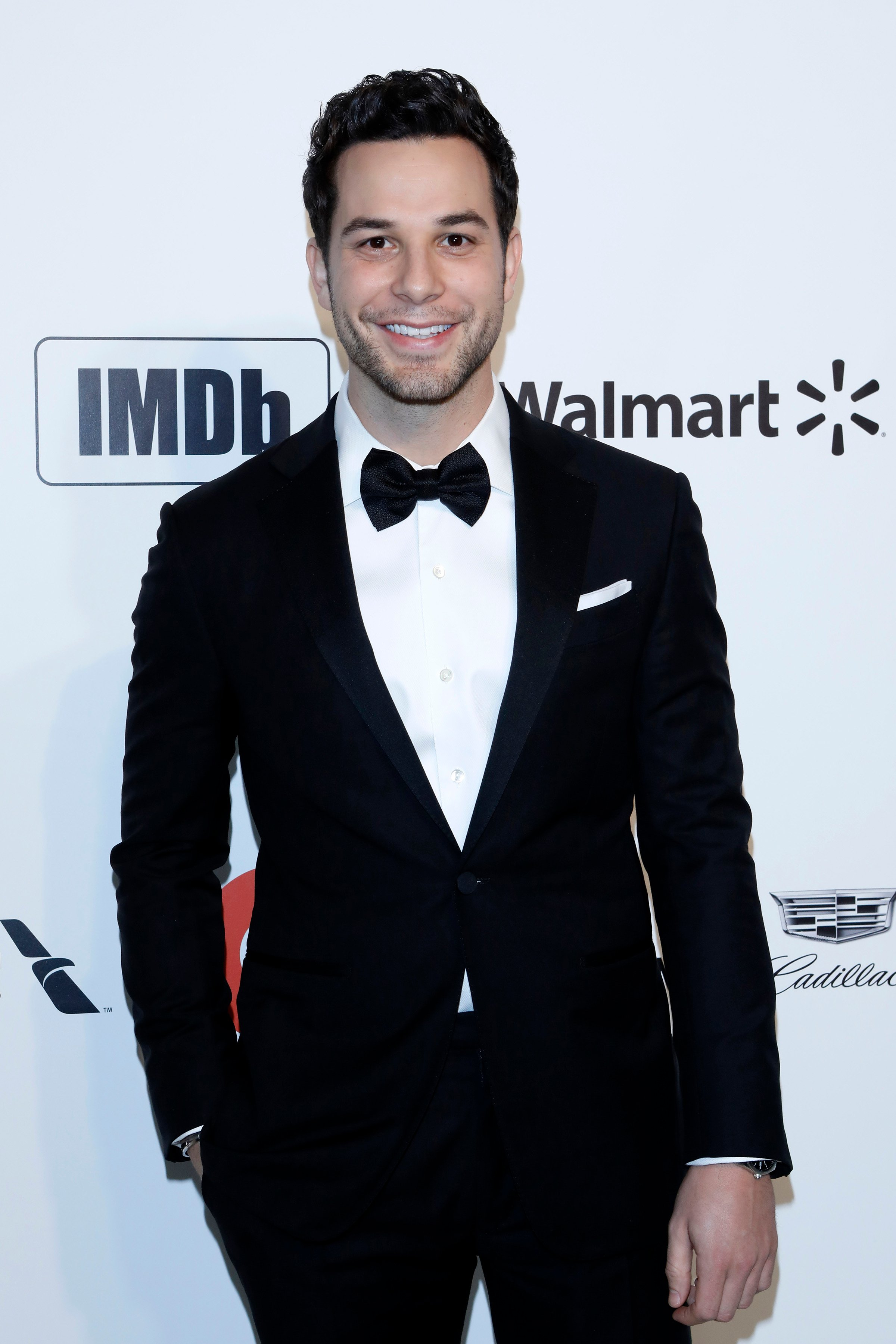 Skylar Astin at the 28th Elton John Aids Foundation Viewing Party at the West Hollywood Park on February 9, 2020 in West Hollywood, California   Photo: Shutterstock