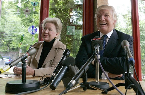 Donald Trump with sister Maryanne Trump Barry, at a press conference | Photo: Getty Images