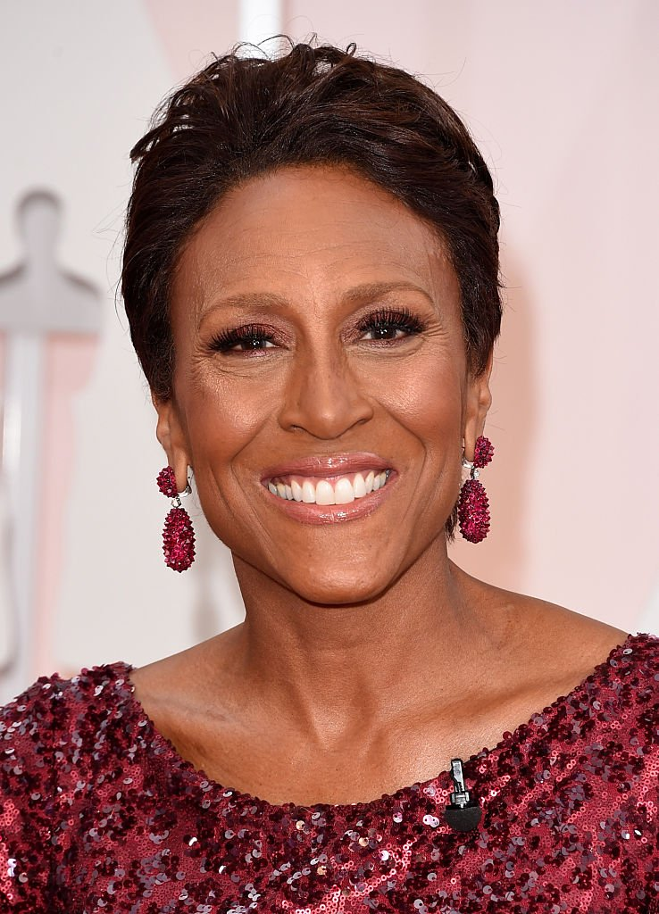 TV host Robin Roberts attends the 2015 Annual Academy Awards in Hollywood, California. | Photo: Getty Images