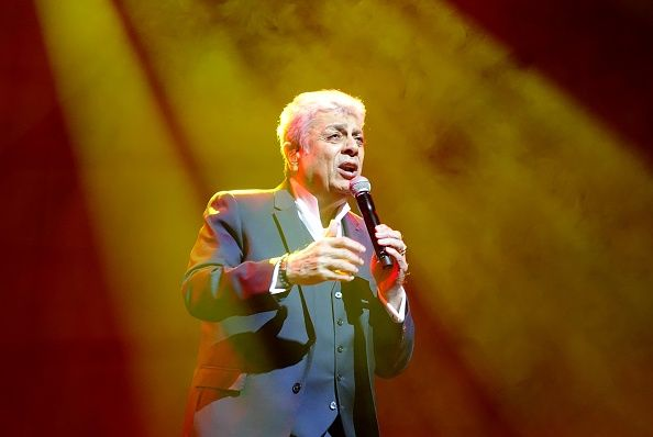 Enrico Macias au Zorlu Performance Hall à Istanbul, en Turquie, le 27 avril 2019. | Photo : Getty Images
