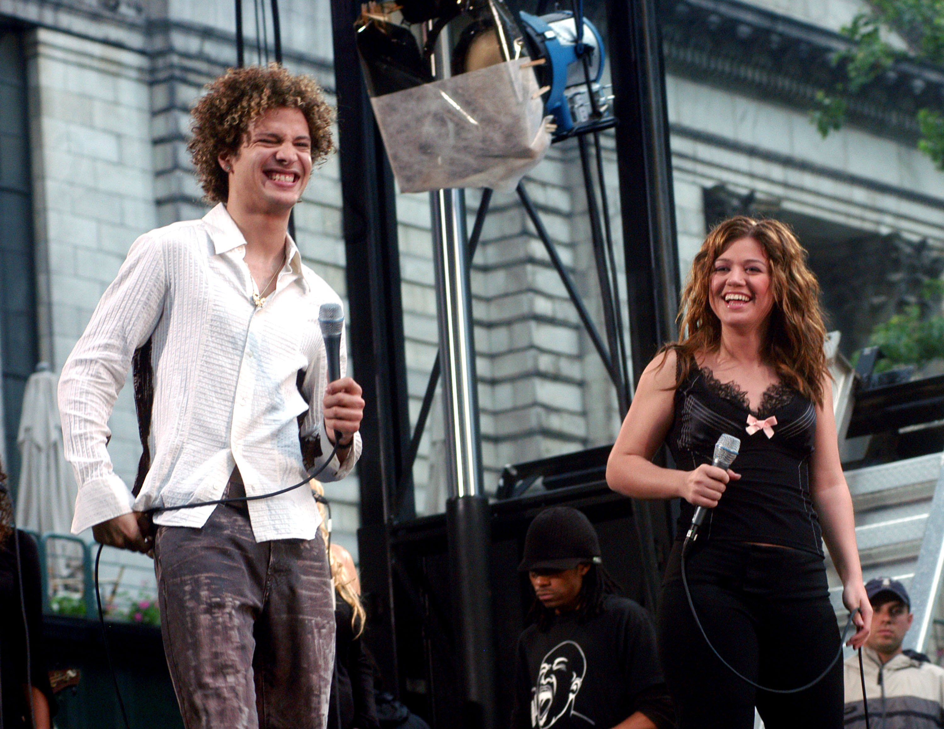 """Kelly Clarkson during her 2003 concert series of """"Good Morning America"""" with Justin Guarini in New York City. 