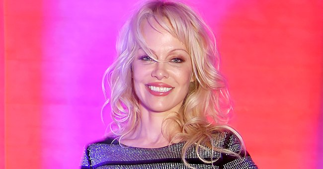 Pamela Anderson's Fans Can Hardly Recognize Her in This Throwback Pic — See the 'Baywatch' Star