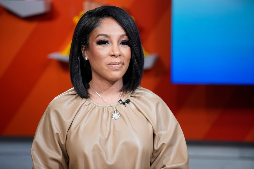 "K. Michelle visits BuzzFeed's ""AM To DM"" 