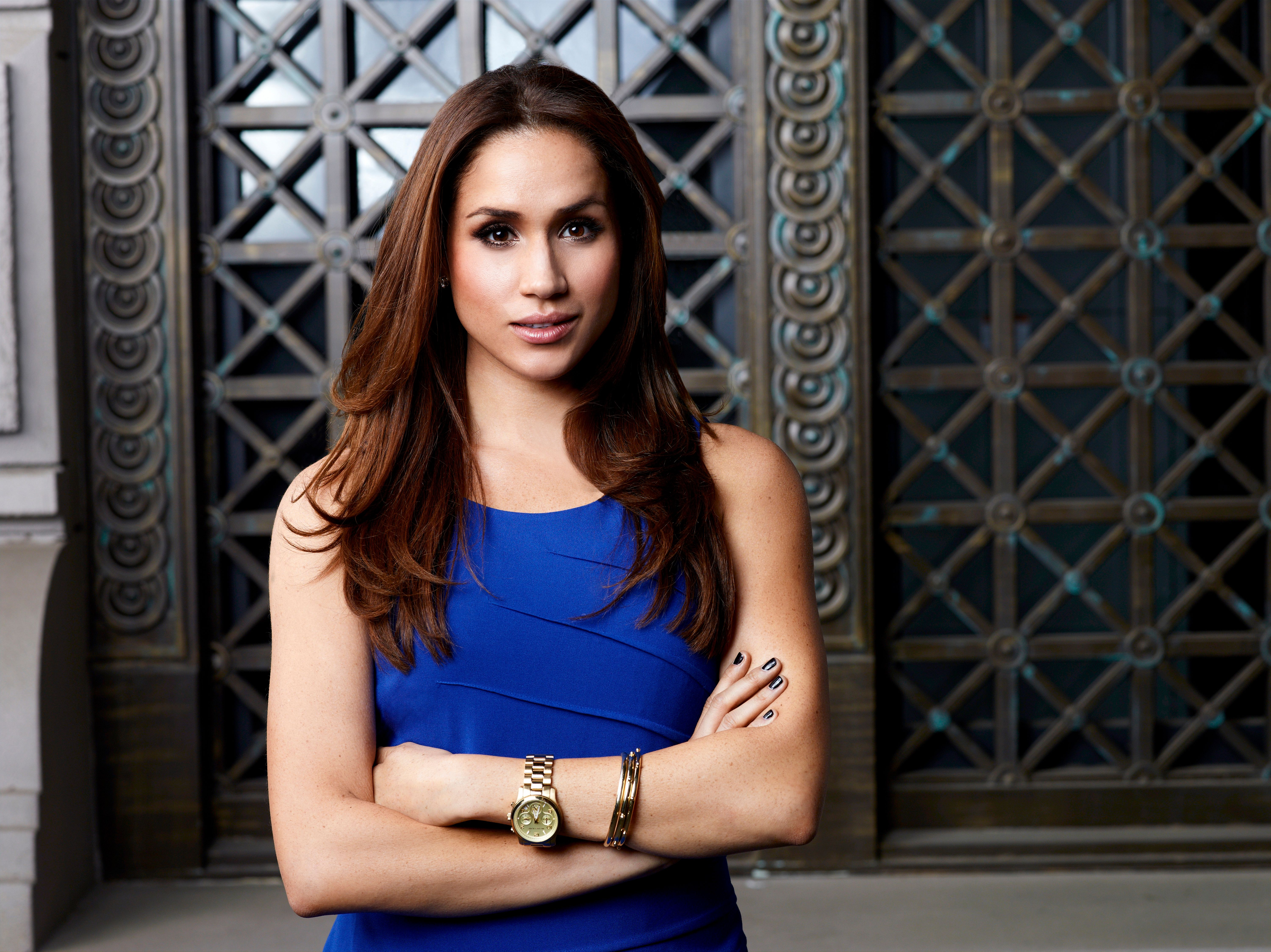 """Meghan Markle poses for """"Suits"""" Season 2. 