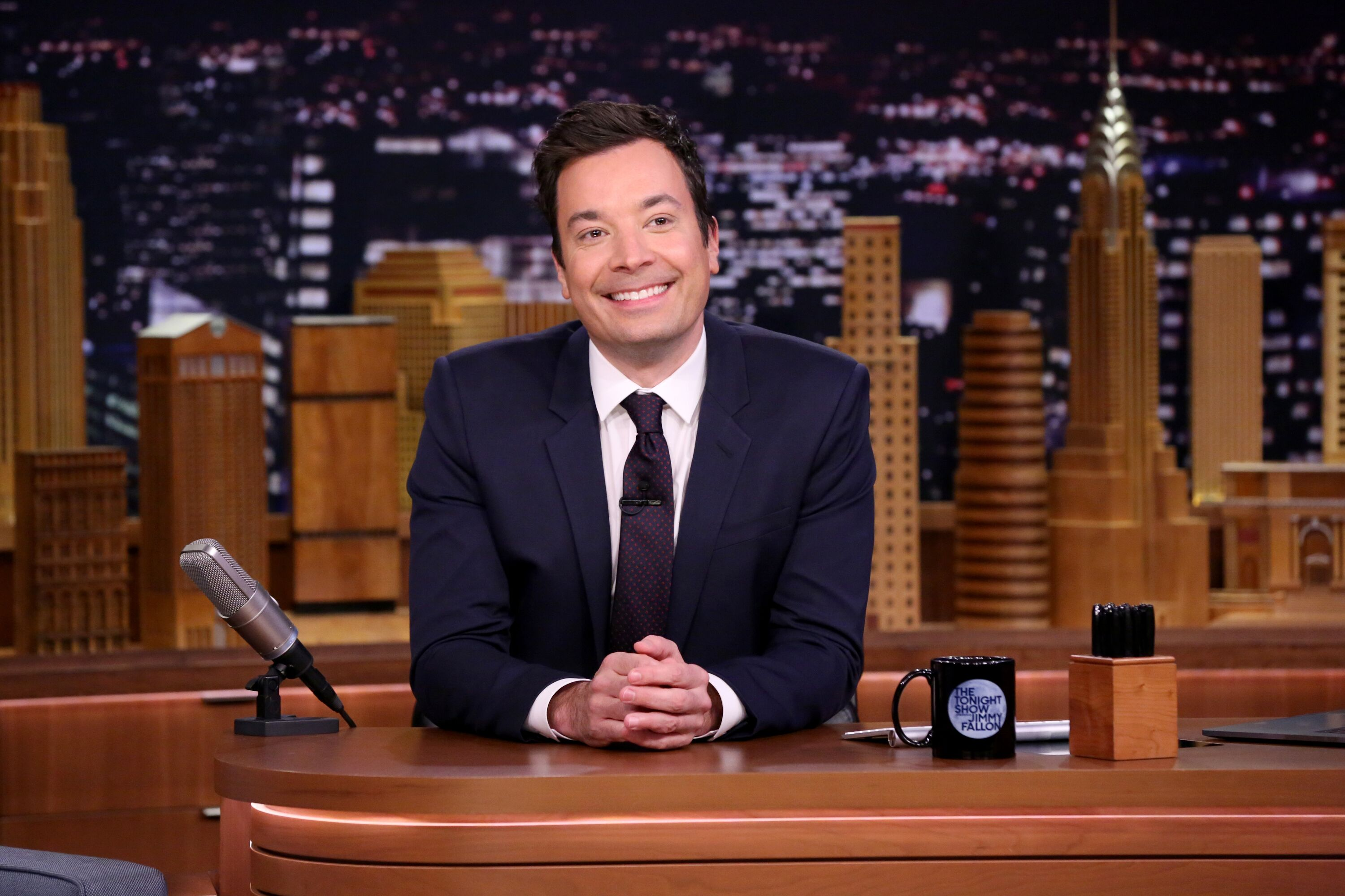 """Jimmy Fallon pictured on """"The Tonight Show Starring Jimmy Fallon"""" on December 07, 2016 