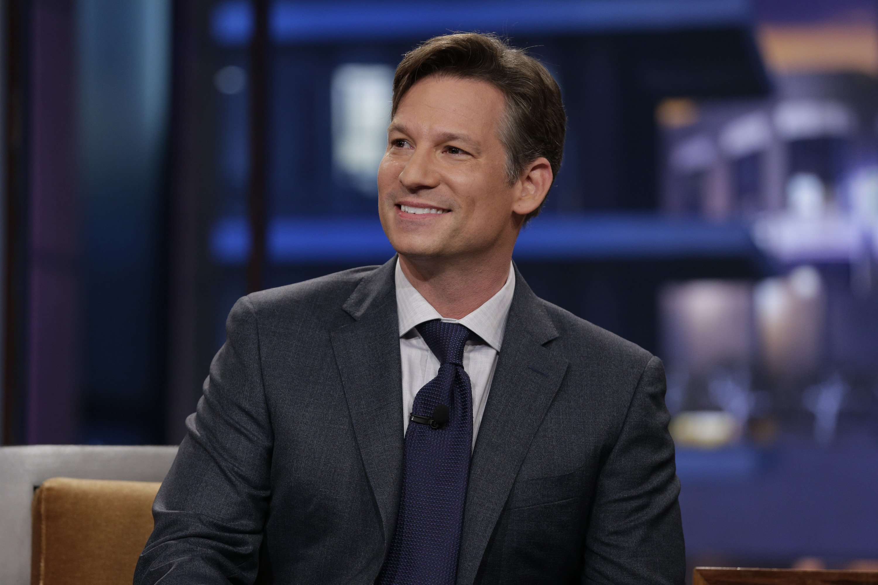 Richard Engel during an interview on October 25, 2013. | Photo: Getty Images.