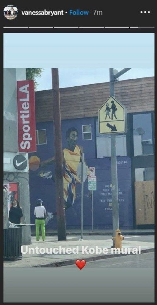 Untouched mural of Kobe Bryant amid George Floyd's protest | Instagram/@vanessabryant