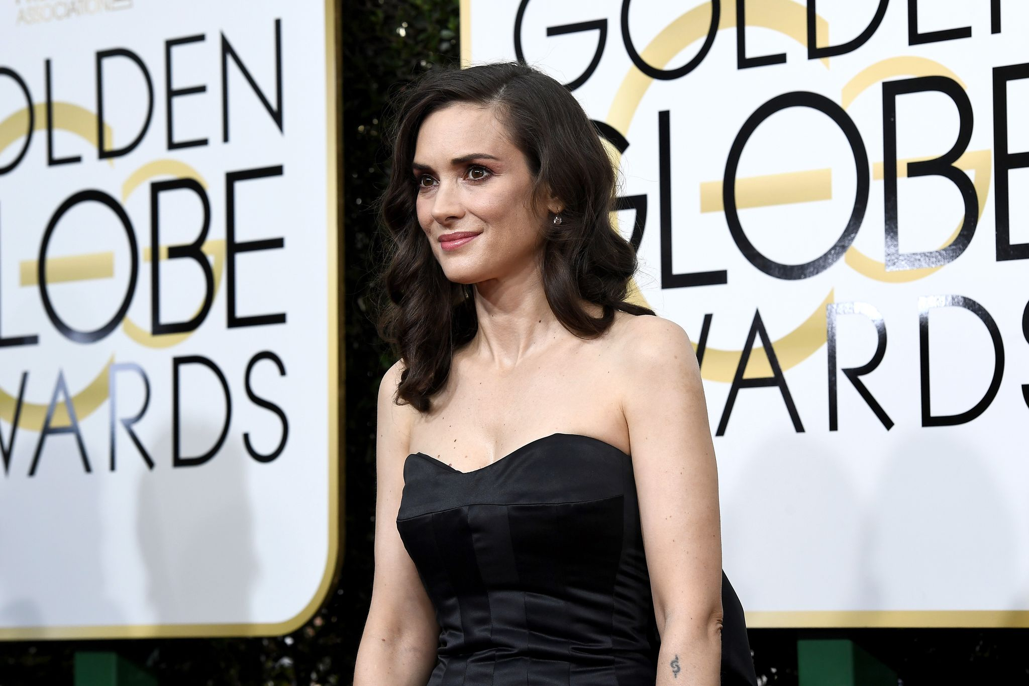 Winona Ryder at the 74th Annual Golden Globe Awards in Hollywood in 2017 | Source: Getty Images