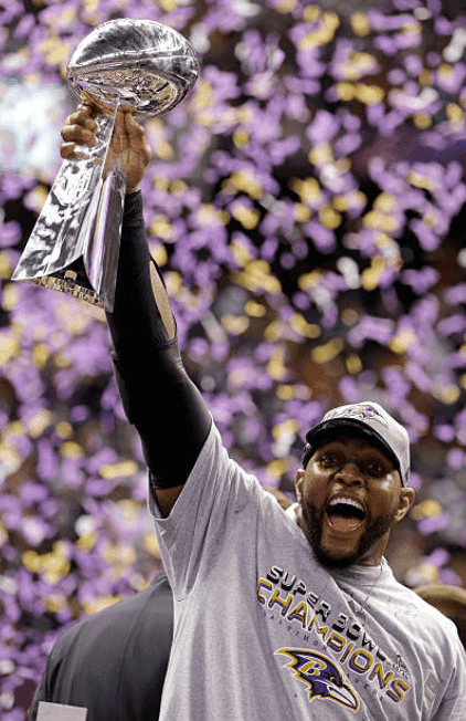 Baltimore Ravens player, Ray Lewis holding the Vince Lombardi Trophy following the Ravens win against the San Francisco 49ers during Super Bowl XLVII, on February 3, 2013, in New Orleans, Louisiana | Source: Getty Images