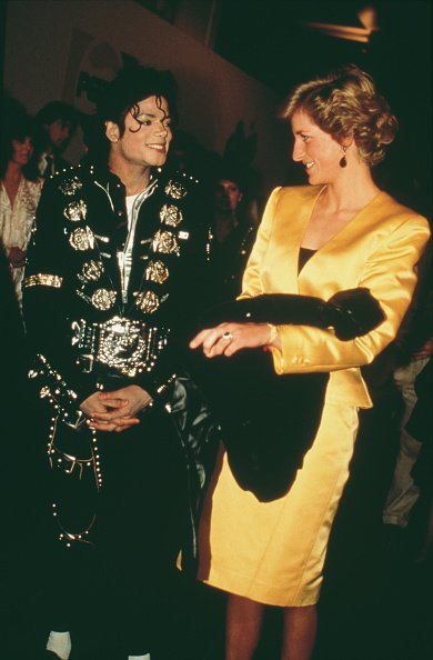 Princess Diana and Michael Jackson at his concert for the Prince's Trust at Wembley, London, July 1988. | Photo: Getty Images