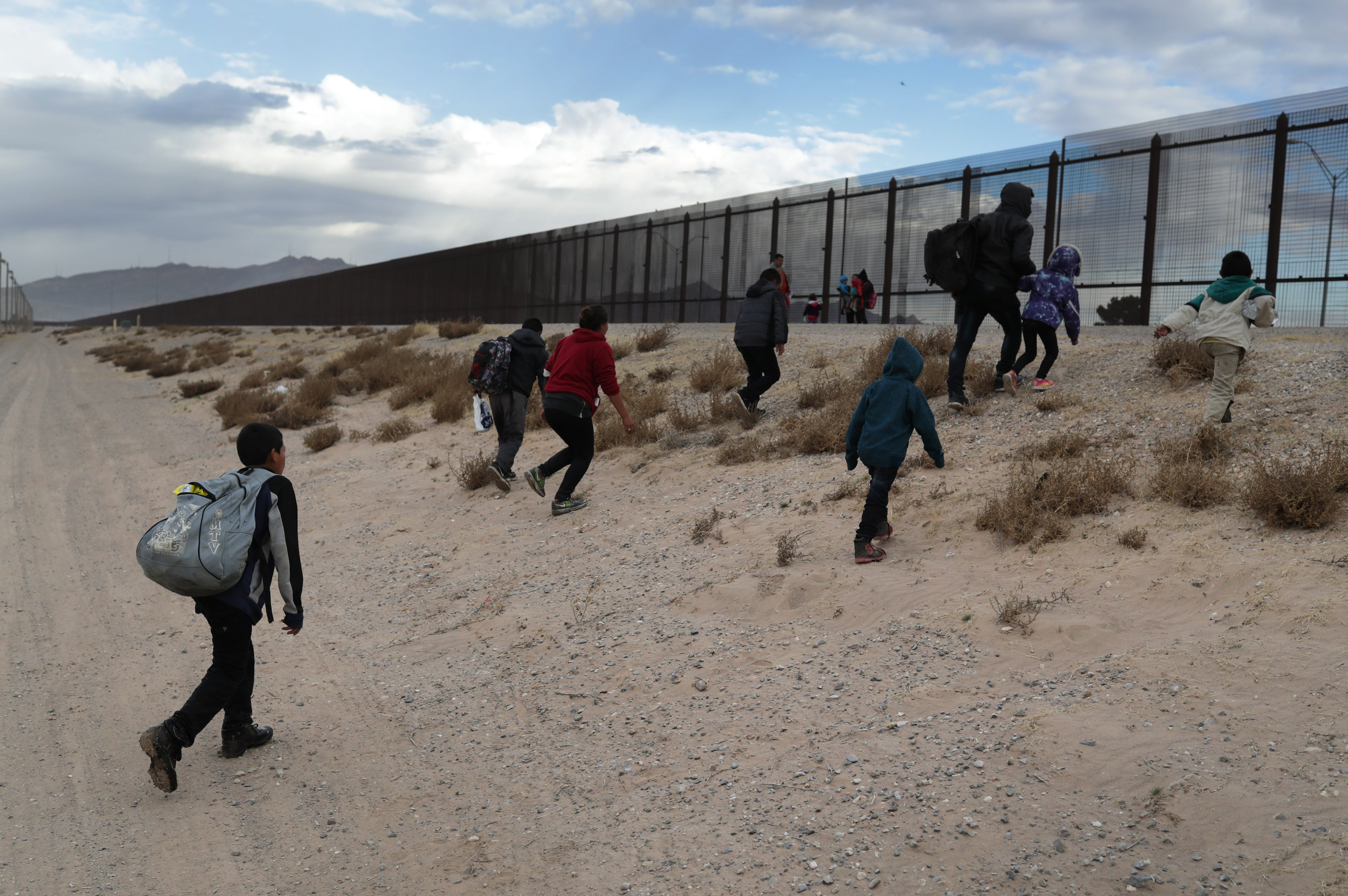 Central American immigrants at the U.S.-Mexico Border   Photo: Getty Images