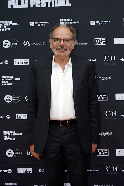 L'acteur Jean-Pierre Darroussin assiste au tapis rouge avant la cérémonie.|Photo : Getty Images