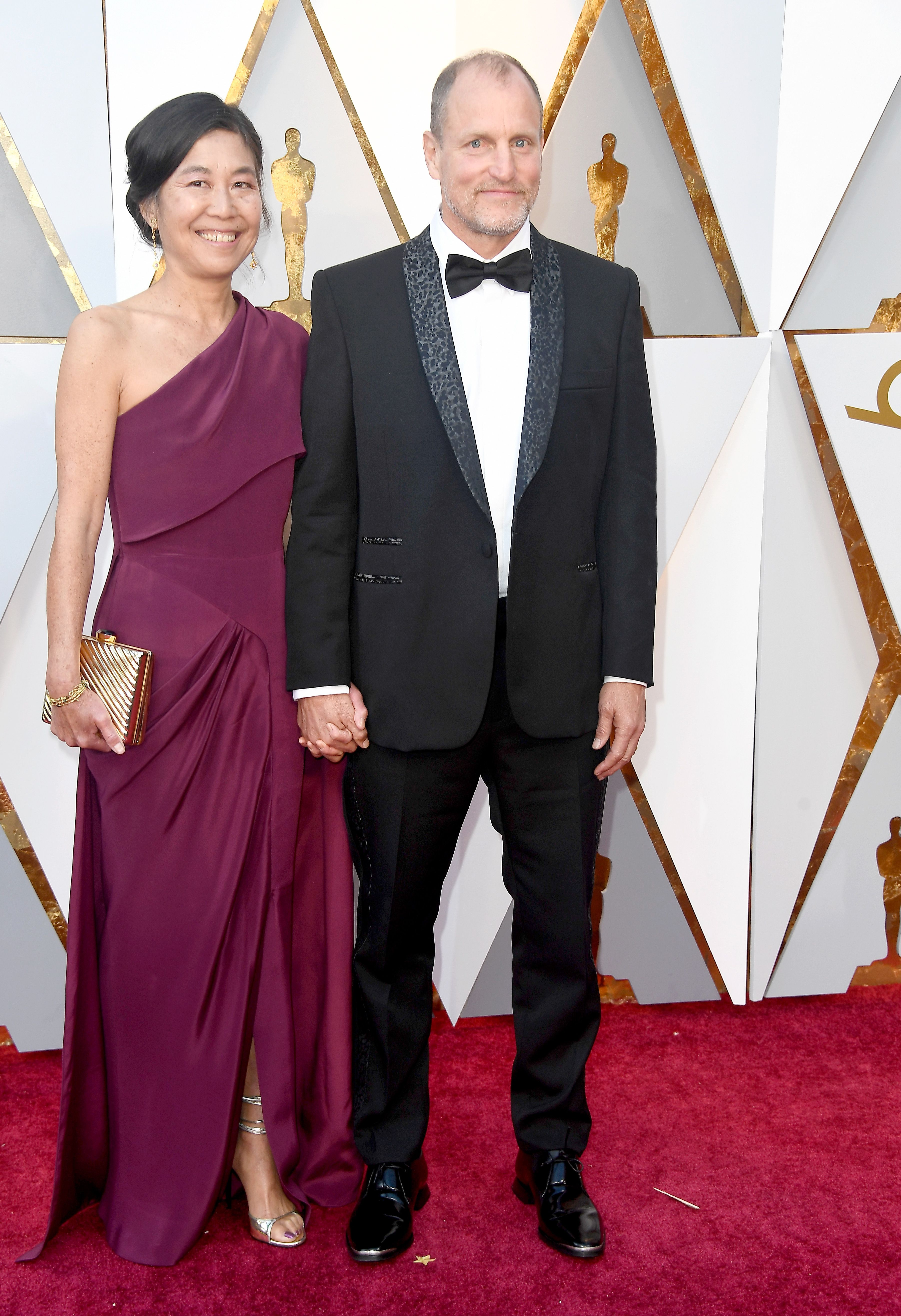 Laura Louie and Woody Harrelson at the 90th Annual Academy Awards on March 4, 2018, in Hollywood, California   Photo: Frazer Harrison/Getty Images