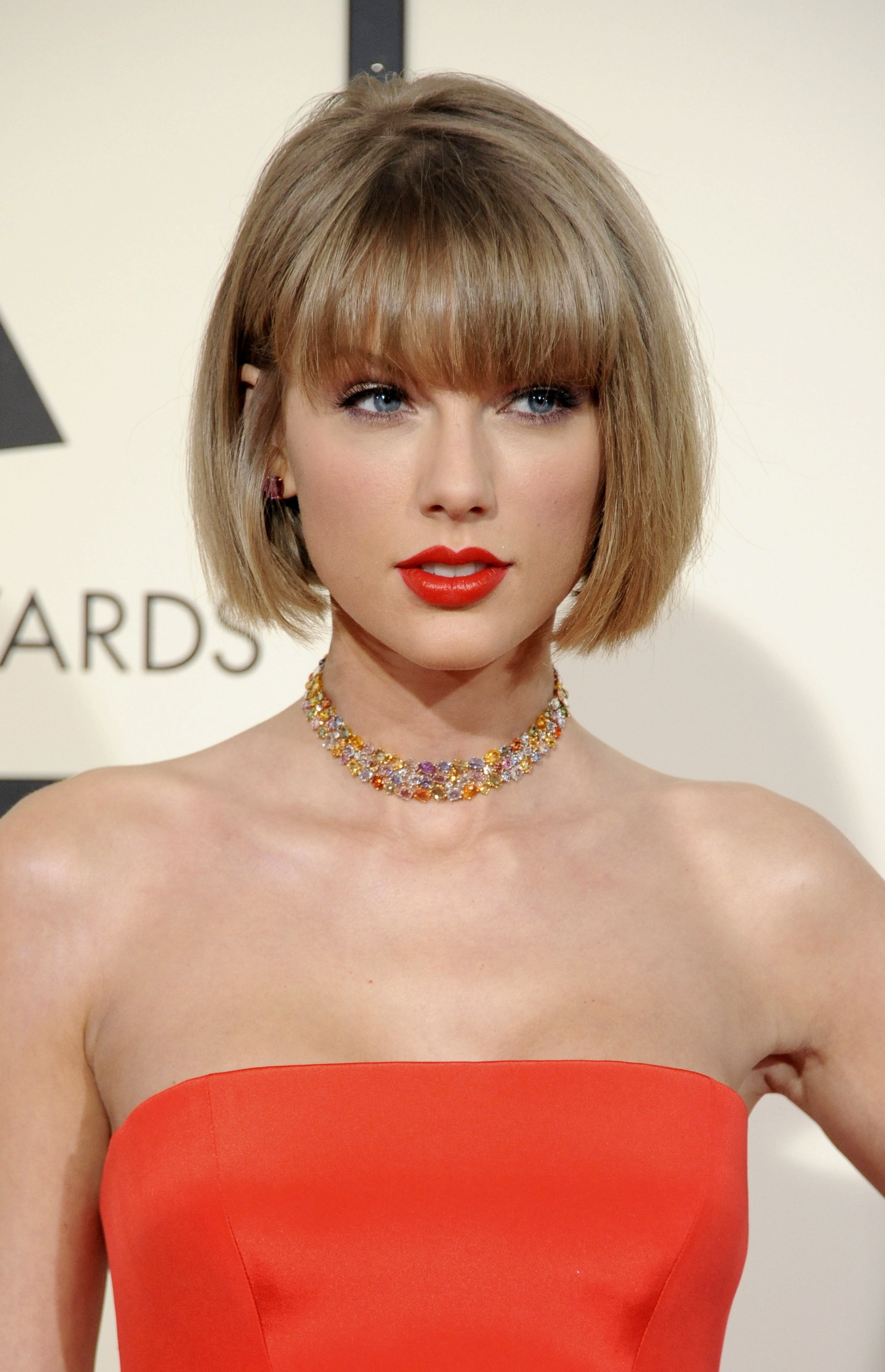 Taylor Swift at the 58th GRAMMY Awards. | Source: Shutterstock