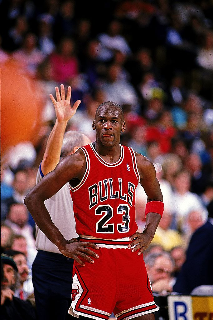 Michael Jordan #23 of the Chicago Bulls looks on during the game | Photo: Getty Images