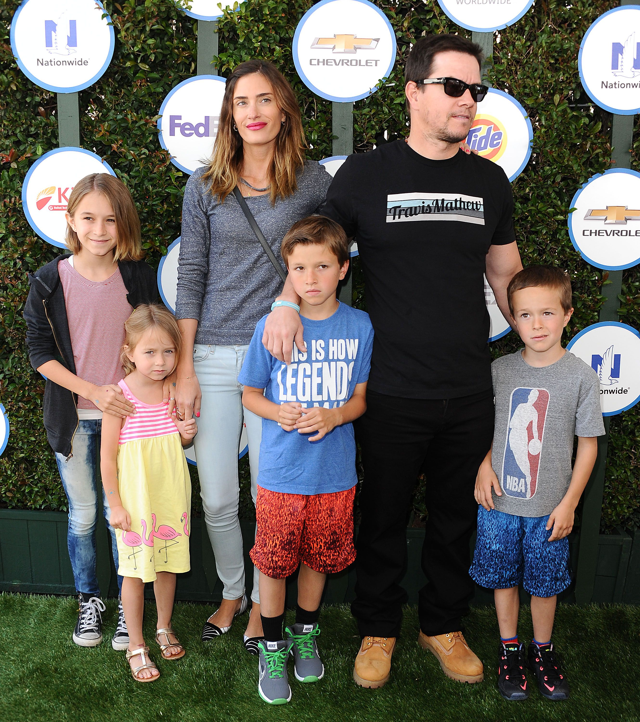 Mark Wahlberg and Rhea Durham alongside their kids attend Safe Kids Day at The Lot on April 26, 2015 in West Hollywood, California. | Photo: Getty Images