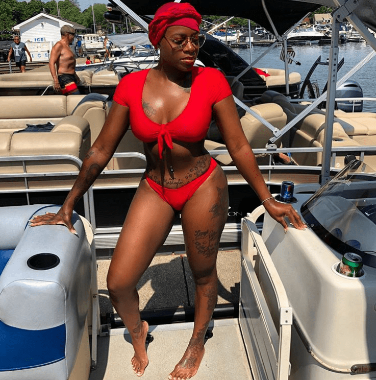 Screenshot of Fantasia's sizzling 4th of July picture. |Photo: Instagram/Fantasia Taylor (@tasiasword)