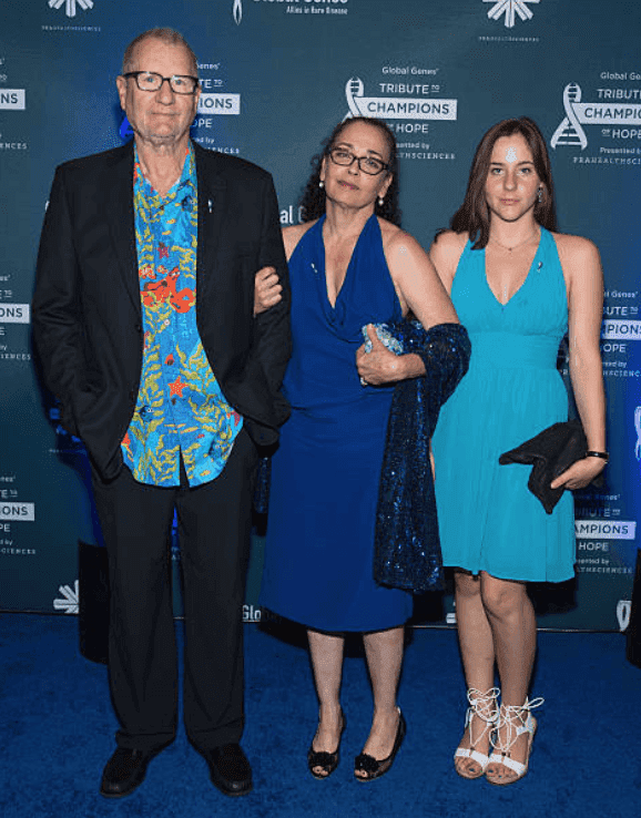 Ed O'Neill, his wife Catherine Rusoff and their daughter Sophia O'Neill arrive at the Global Genes Tribute to Champions of Hope, at Hyatt Regency Huntington Beach, on September 24, 2016, in Huntington Beach, California | Source: Tara Ziemba/Getty Images